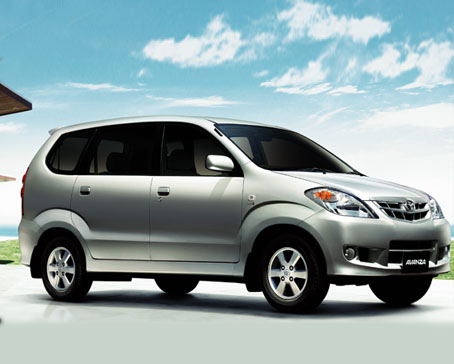 Toyota Avanza 2010 Prices In Pakistan with Pictures