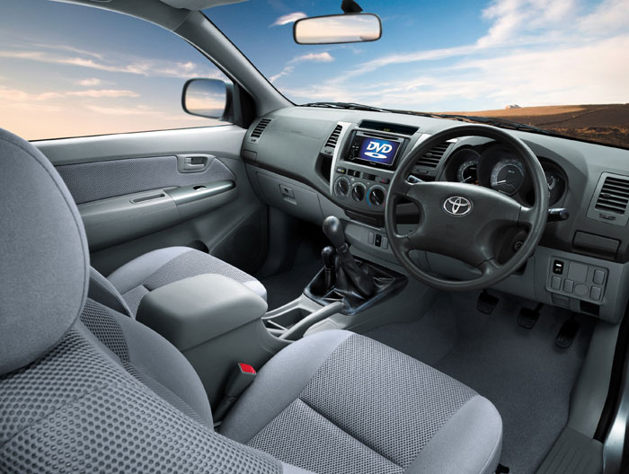 toyota hilux 2011. 2011 Toyota Hilux Turbo